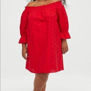 Dresses & Skirts - 👗💕Brand new red off shoulder dress💕👗